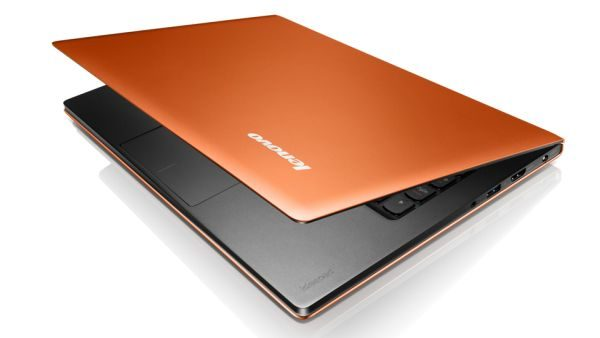 The IdeaPad U300S looks very good, but resembles a bit too much the MacBook Air