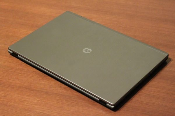 The HP DM3 looks more solid and reliable than other ultrabooks, but it's at the same time bulkier.