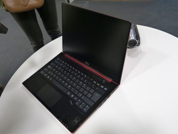 The Lifebook on display in Germany is only a mock-up, but it's a darn good-looking mock-up!