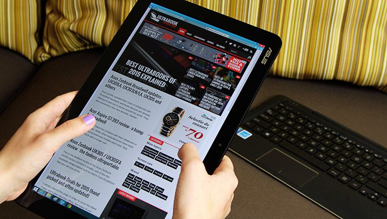 The Chi T300 is a Core M powered thin and light tablet, with a pairing keyboard dock