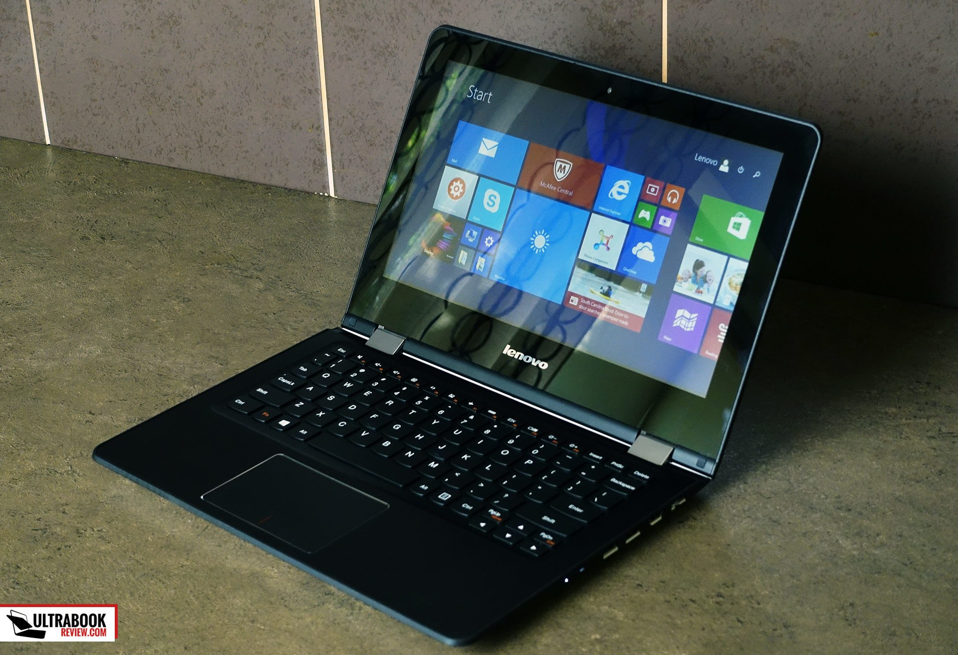 Lenovo Yoga 300 11 Flex 3 11 Review An Affordable 11