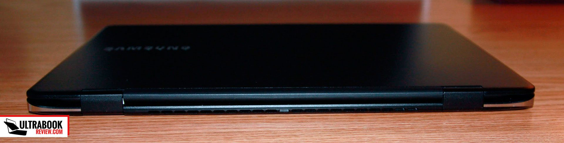 samsung ativ book 9 spin - screen hinges