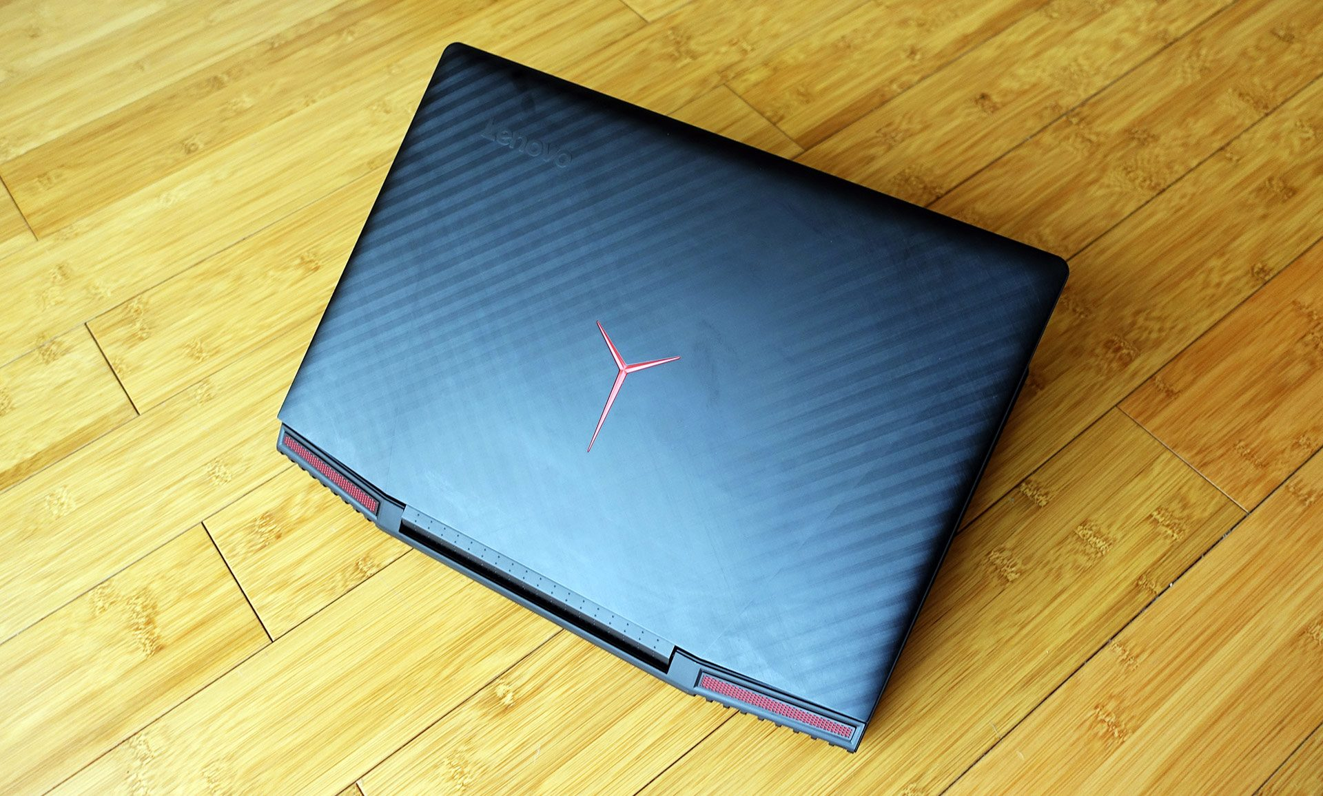 Lenovo Legion Y720 Review I7 7700hq Gtx 1060 Solid Mid Range Unique Laptop Cooling Pad Is 668 The Laptops Front Lip A Little Tall And Uncomfortable Theres No Sd Card Slot Its Price Perhaps Higher Than Youd Expect From