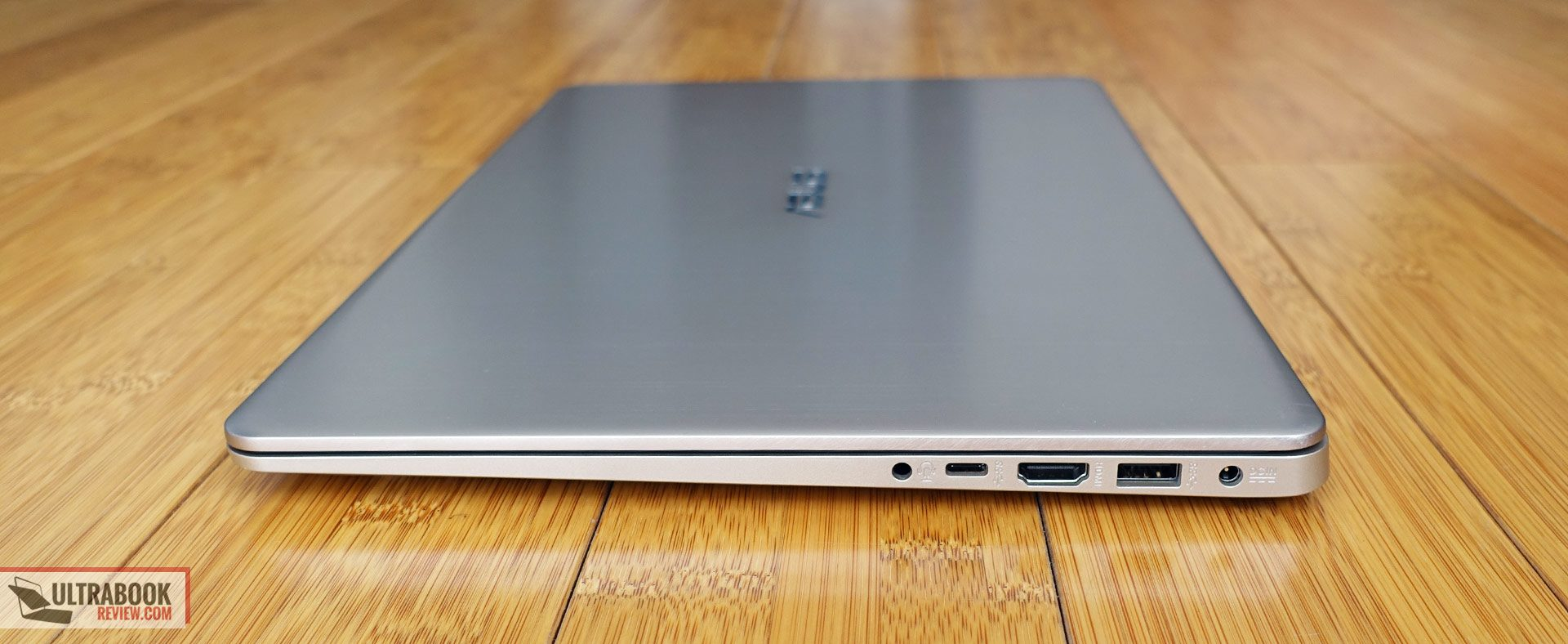 Asus VivoBook S15 S510 / F510 review - thin and light full-size