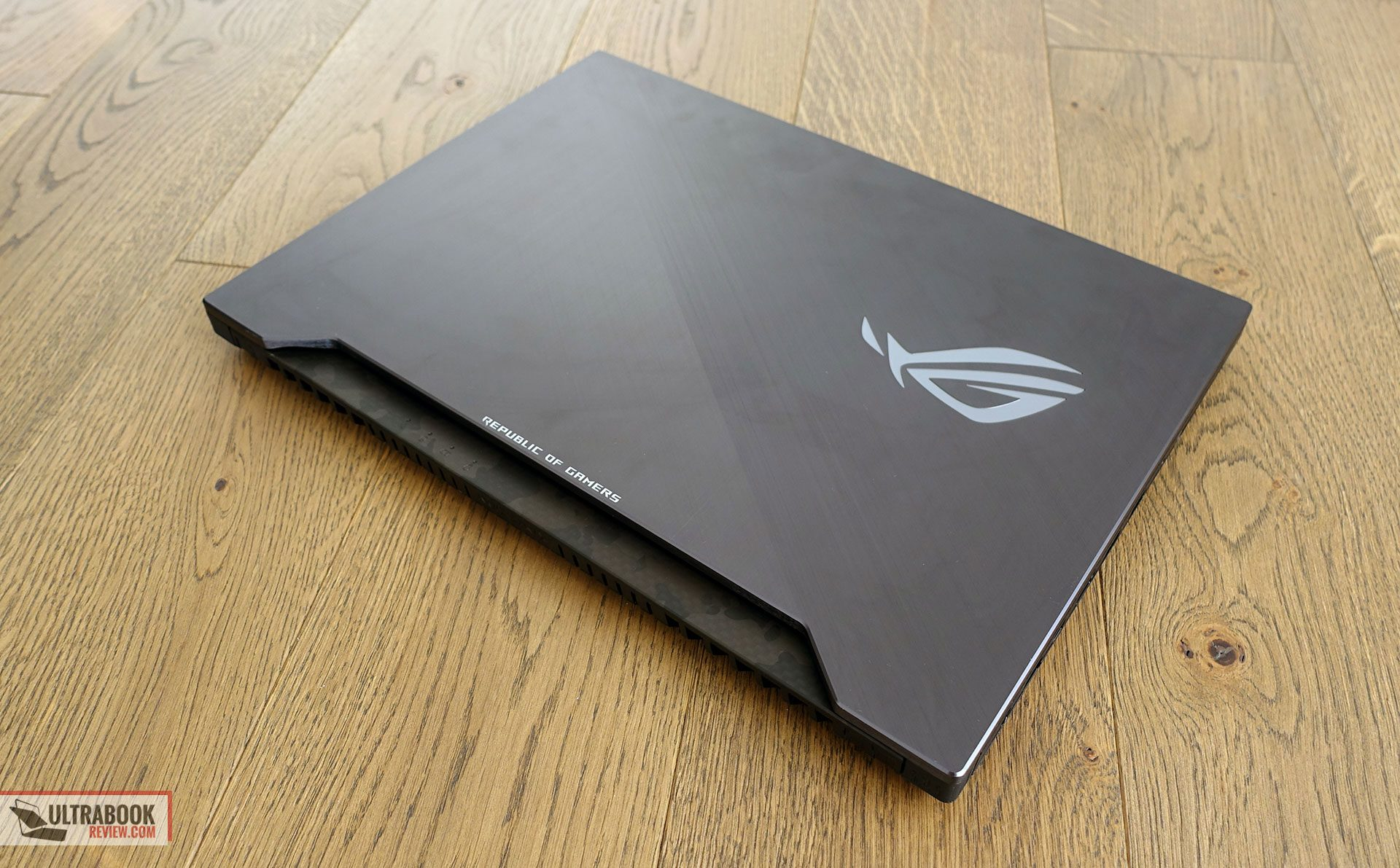 Asus ROG Strix GL504 SCAR II review (GL504GM - i7-8750H, GTX