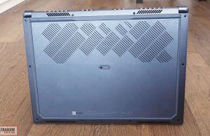 exterAsus StudioBook Pro W700 - back