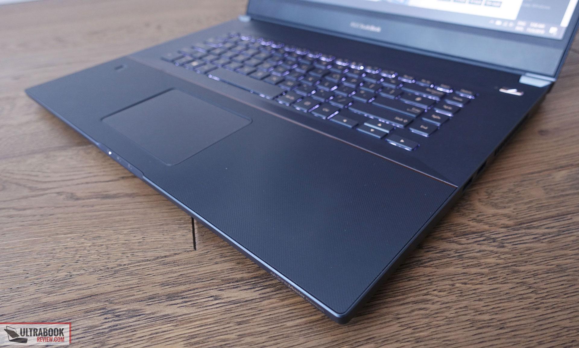 exterAsus StudioBook Pro W700 - interior