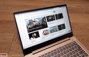 Lenovo IdeaPad S540 - screen bezels