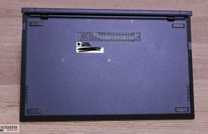 Asus ExpertBook B9450FA - back