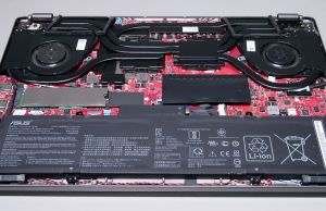 Asus ROG Zephyrus G14 GA401IV - battery and speakers