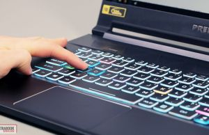 Acer Predator Triton 500 - keyboard stroke