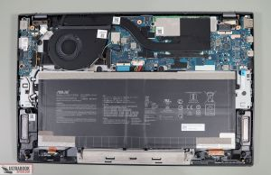 Asus ZenBook 14 UX425JA - internals and dissasembly