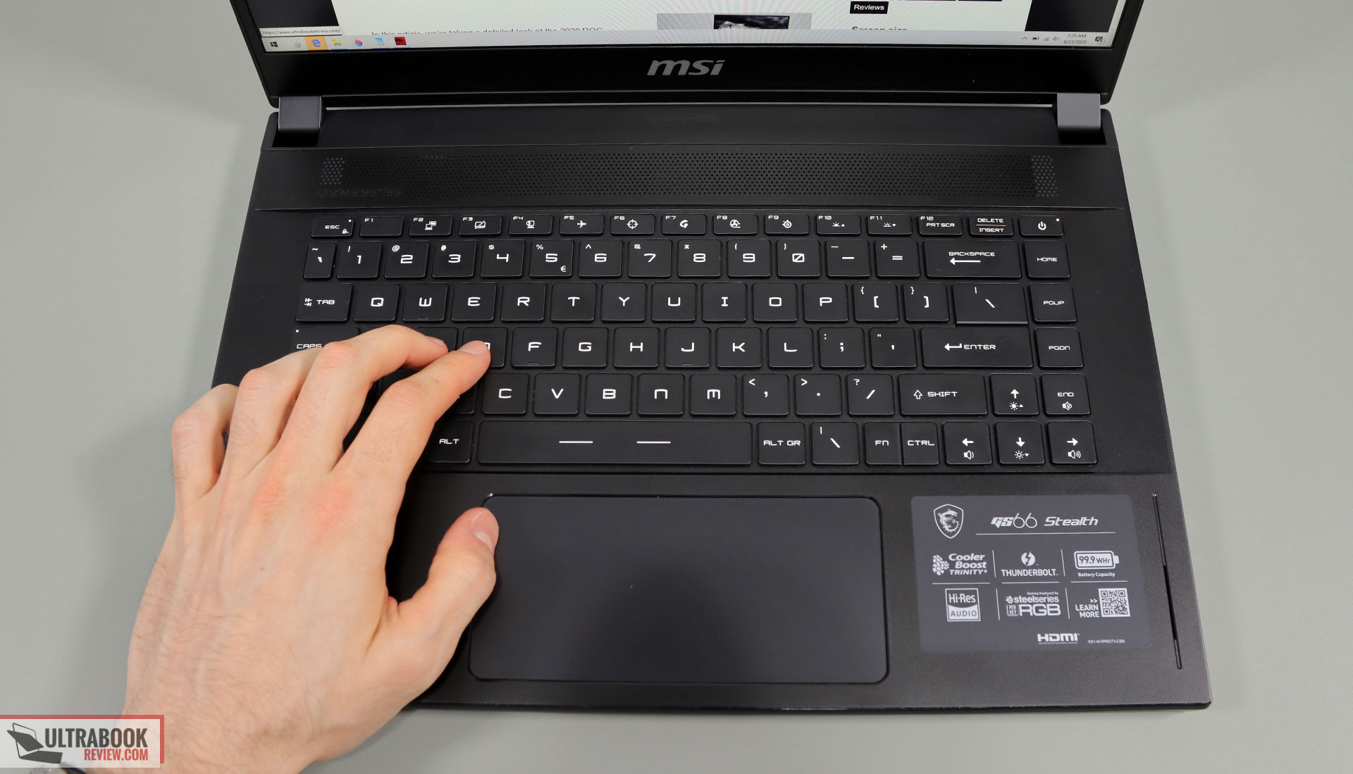 MSI GS66 Stealth keyboard and clickpad