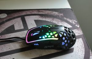 Zephyr Gaming Mouse diagonal side