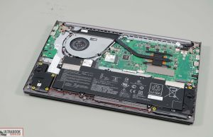 Asus S15 M533IA - speakers, battery, storage