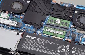 Acer Predator Helios 300 - SSDs and RAM