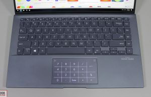 Asus ZenBook 14 Ultralight UX435 - keyboard and Numberpad