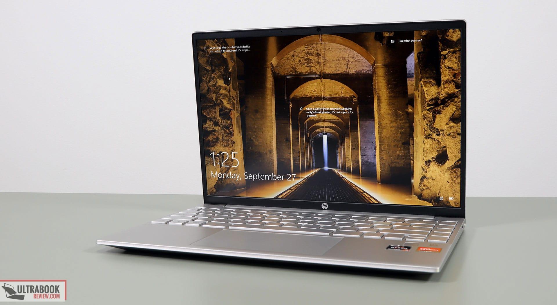 HP Pavilion Aero 13 review - interior